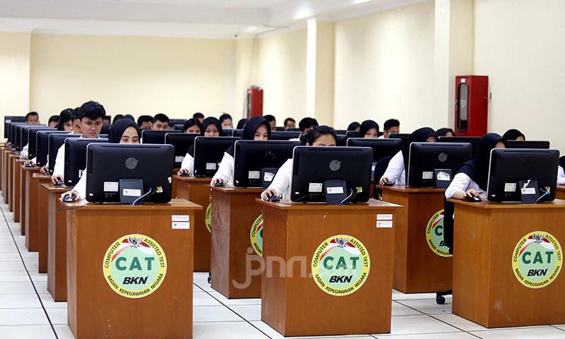 CPNS 2019 Segera Menikmati Gaji Perdana, PPPK Masih Merana - JPNN.com
