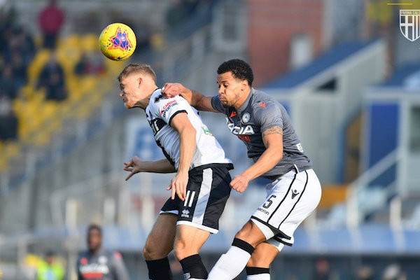 Parma Taklukkan Udinese 2-0, Verona Pukul Tim Tamu Lecce 3-0 - JPNN.com
