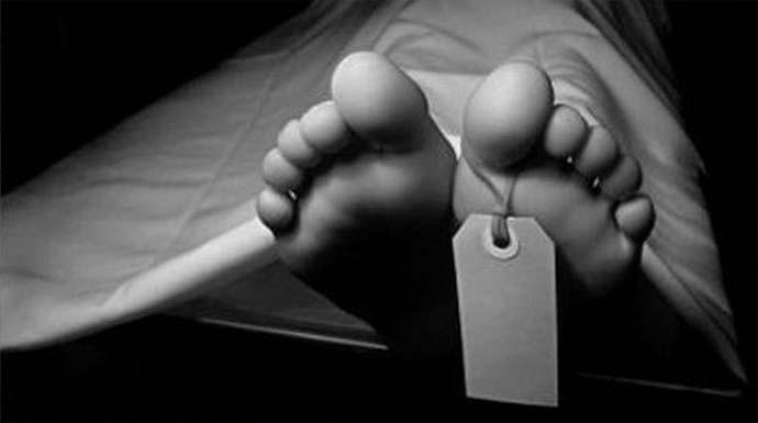 Lagi Kerja Bakti Warga Menemukan Mayat Pria di Saluran Air - JPNN.com