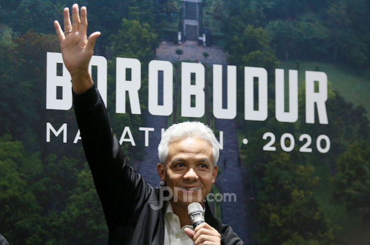 Gubernur Ganjar Pranowo Resmikan Borobudur Marathon Lounge di FX Sudirman