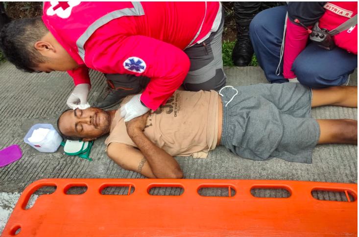 Anak Syok Berat Lihat Sang Ayah Coba Bunuh Diri Loncat dari Flyover - JPNN.com