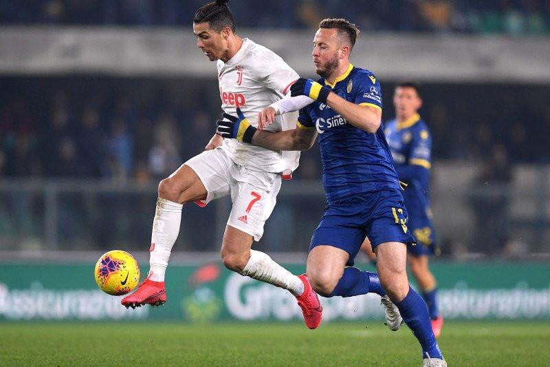 Unggul Lebih Dahulu, Juventus Kalah dari Verona - JPNN.com