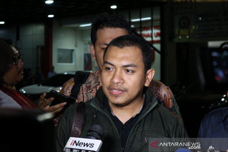 Laporan Terhadap Ade Armando Ditolak, FPI: Ketidakadilan Sudah Nyata - JPNN.com