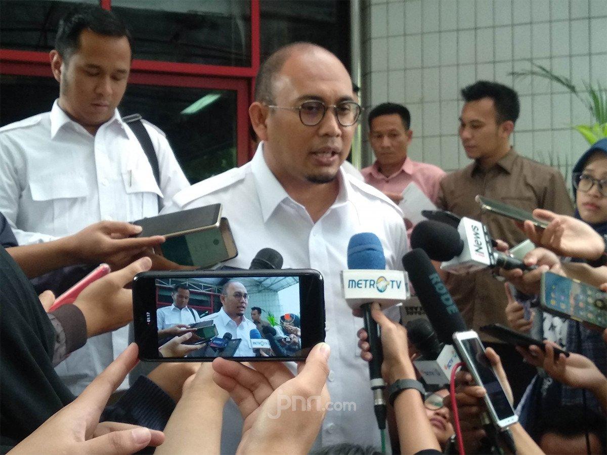 Pak Jokowi, Tolong Gratiskan Internet Bagi Pelajar & Tunda Pembayaran Segala Macam Cicilan - JPNN.com