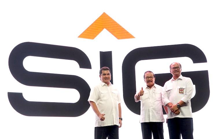 Semen Indonesia Grup Salurkan 64.601 Paket Kebutuhan Pokok - JPNN.com