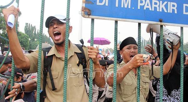 Momen Hardiknas Menjadi Harapan Honorer Menjadi PNS dan PPPK