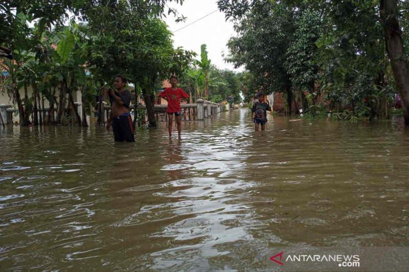 Oh Ternyata Ini Salah Satu Penyebab Banjir di Cirebon - JPNN.com