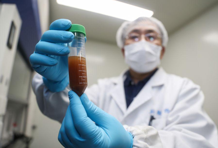 tiongkok-kembangkan-lima-vaksin-sekaligus-demi-membasmi-virus-corona