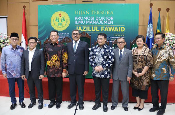Menghadiri Promosi Doktor Jazilul Fawaid, Bamsoet: Seharusnya Generasi Milenial Mengikuti Jejak Baik Ini - JPNN.com