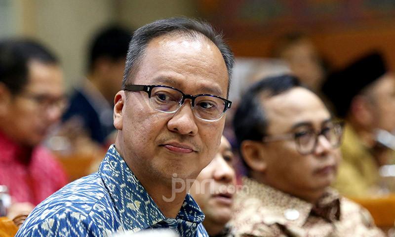 Usulan Pak Agus Gumiwang agar THR Tetap Cair - JPNN.com