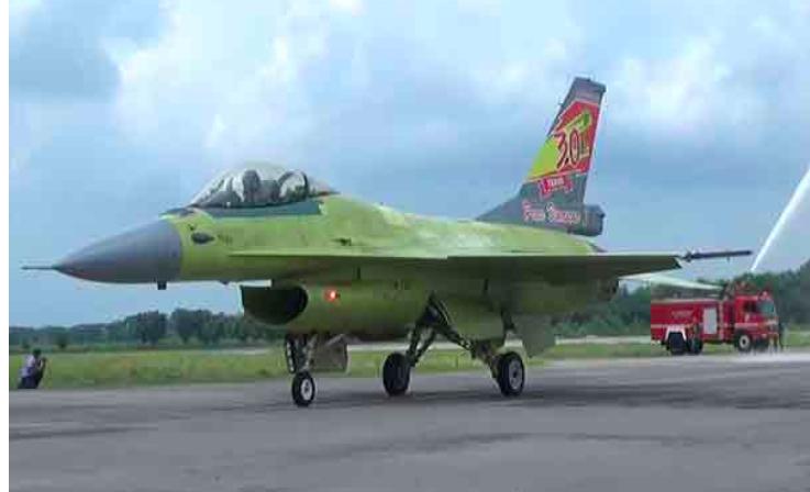 TNI AU Memperbarui Pesawat Tempur F-16 jadi Lebih Canggih - JPNN.com