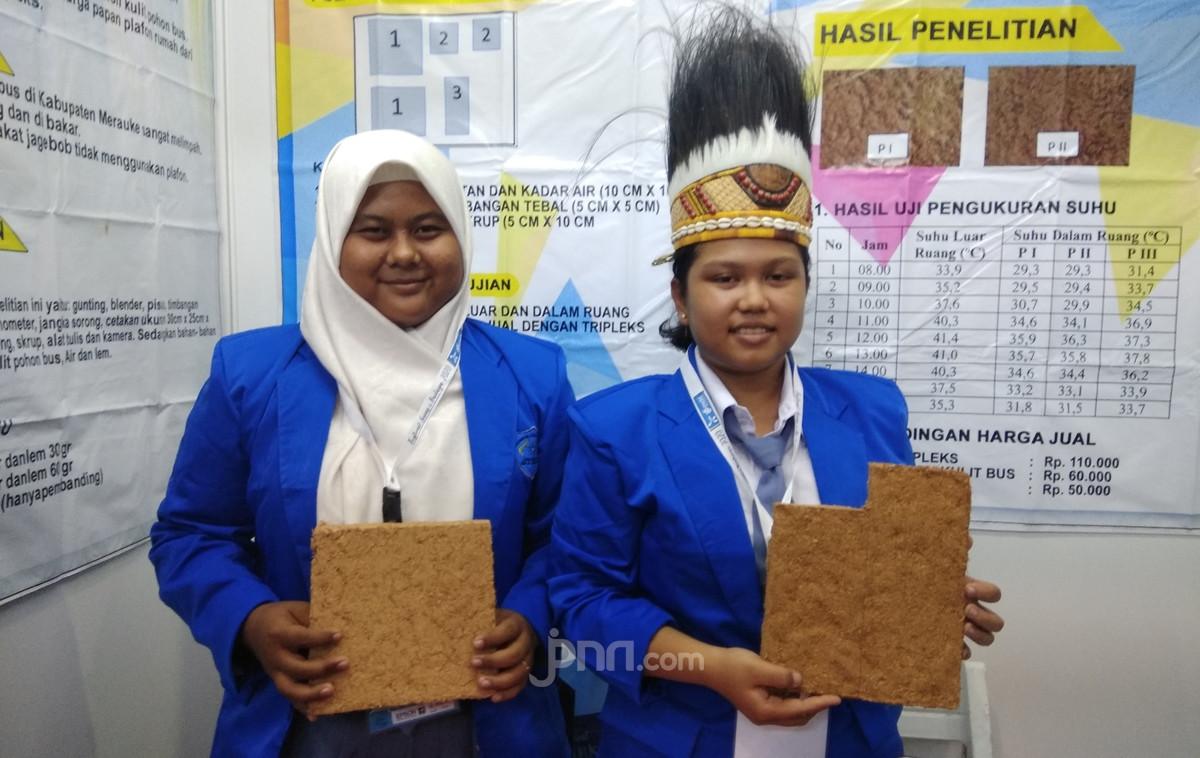 Bikin Rumah jadi Adem, 2 Siswi Papua Masuk Final ISPO 2020 - JPNN.com