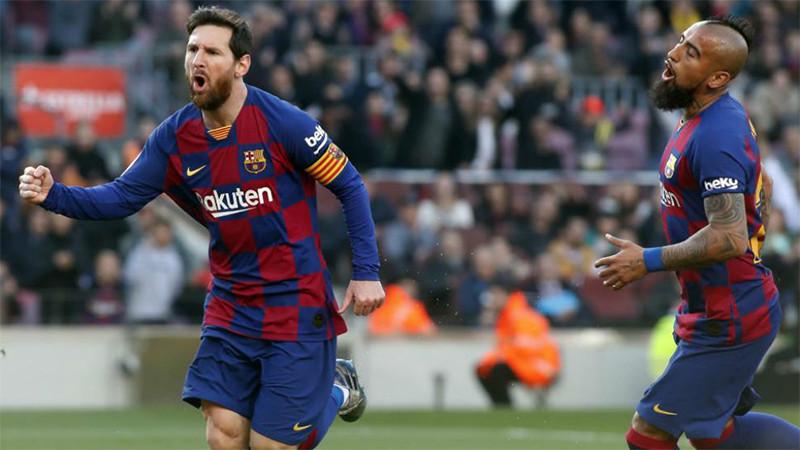 Lionel Messi Cetak 4 Gol, Barcelona Gusur Real Madrid - JPNN.com