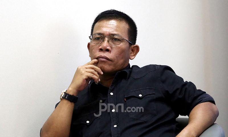 Novel Bamukmin dan Masinton Pasaribu Beda Pendapat soal Jokowi - JPNN.com
