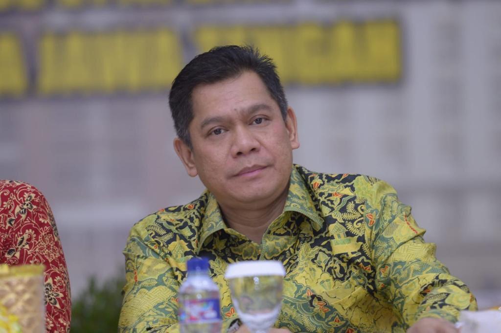 Adies Tertawa Disebut Masuk Bursa Wakil Ketua DPR, Lalu Sebut Lodewijk dan Kahar - JPNN.com