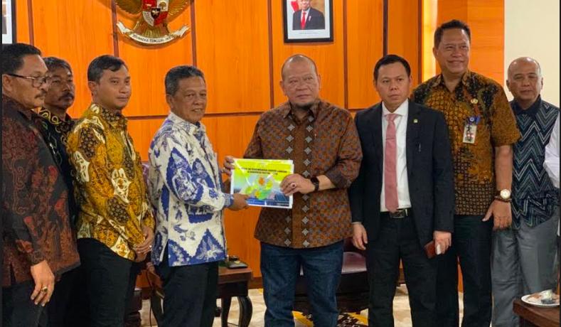 Percepat Pembangunan Pacitan, Bupati Minta Dukungan DPD RI - JPNN.com