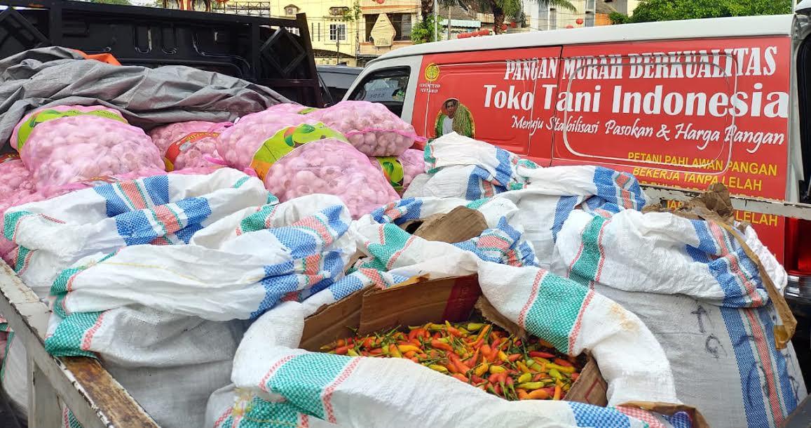 Panen Kritik, Anak Buah Anies Baswedan Tunda Pasar Murah di Tengah Wabah Corona - JPNN.com