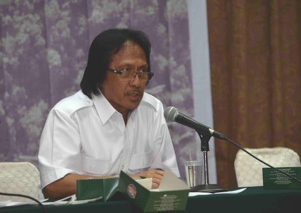 Guru Besar UGM: Tidak Ada Penghapusan Amdal di RUU Omnibus Law - JPNN.com