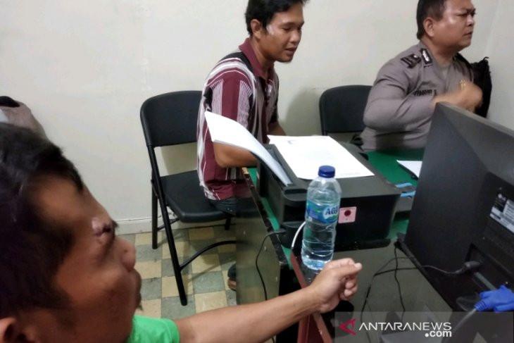 Edan, Jaksa Hantam Kepala Terdakwa Bebas Murni Pakai Pistol - JPNN.com