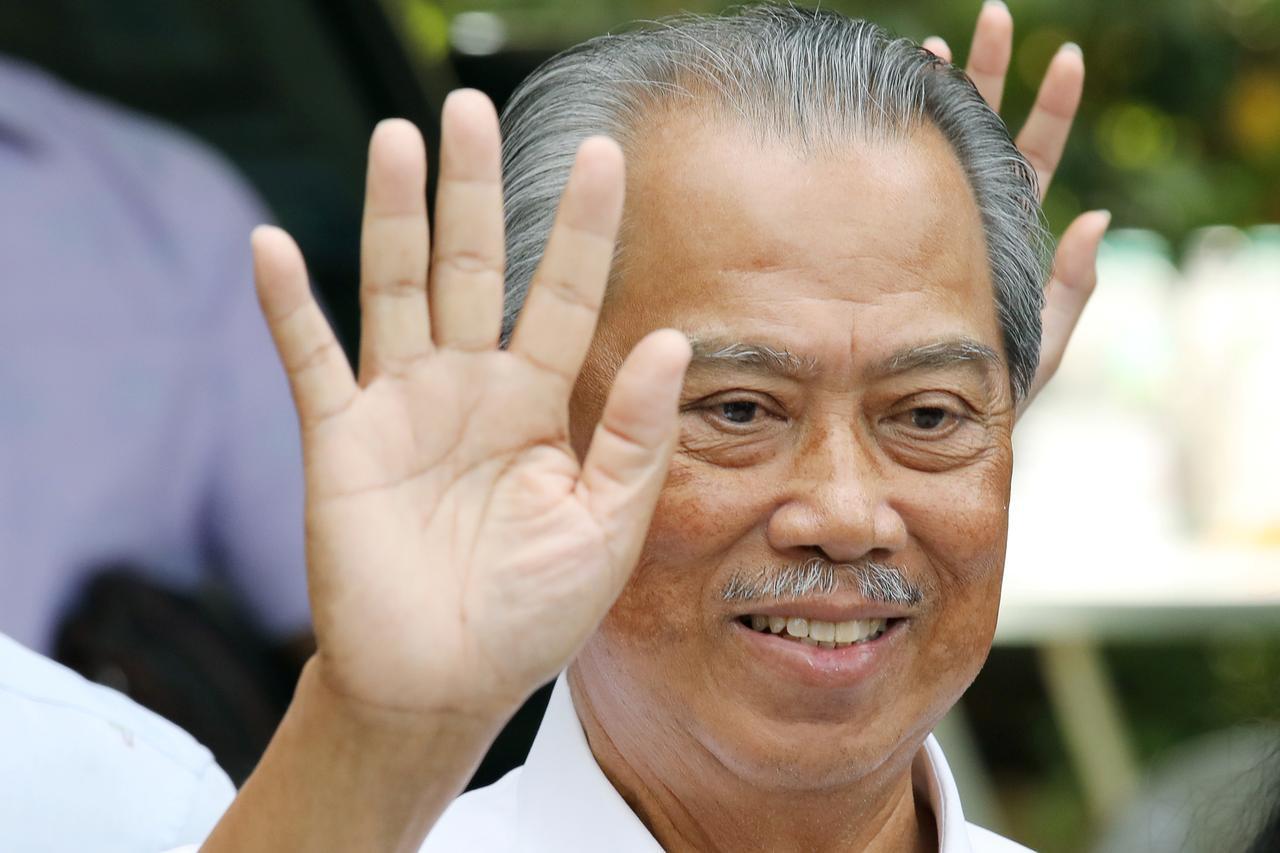 Malaysia Buka Aktivitas Ekonomi 4 Mei, Tetapi Masih Larang Salat Jumat - JPNN.com