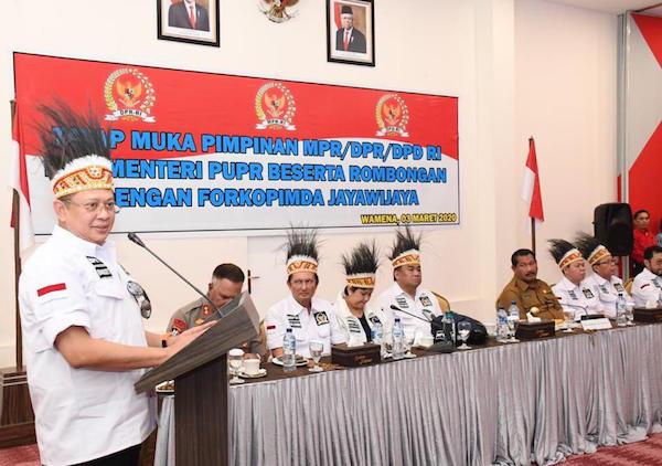 Ukir Sejarah Baru, Pimpinan MPR RI, DPR RI dan DPD RI Kunker Bersama ke Papua - JPNN.com