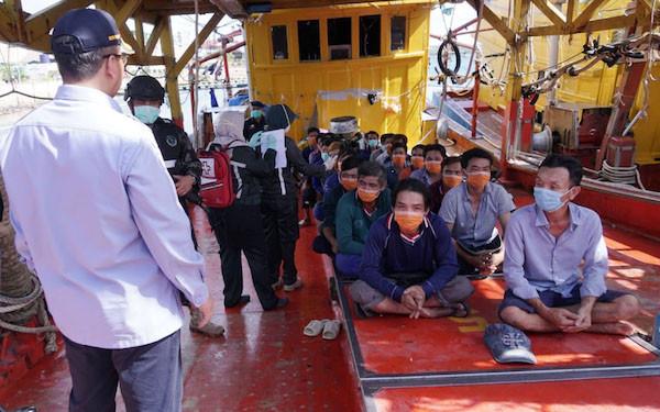 Waspadai Virus Corona, KKP Periksa Kesehatan 68 ABK Asing Pencuri Ikan - JPNN.com