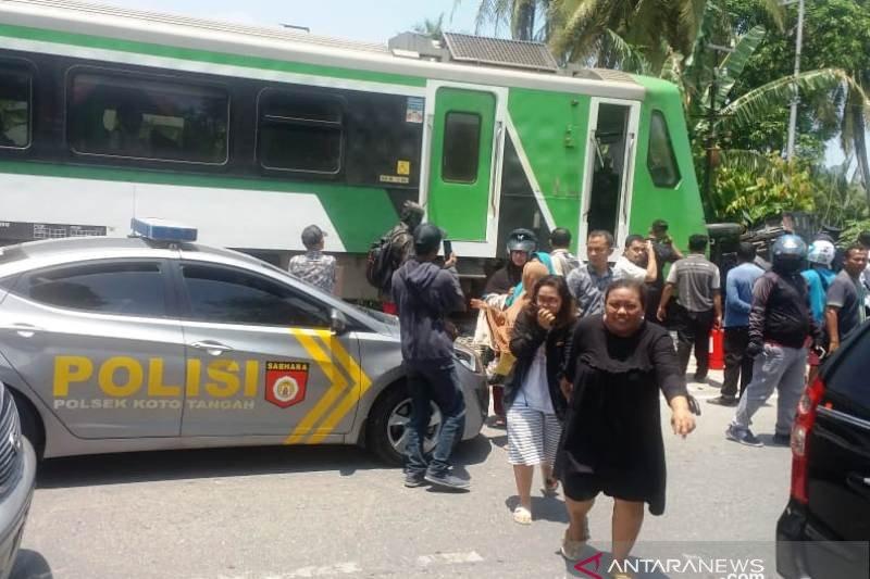 Kecelakaan Maut Kereta Bandara vs Pikap, Satu Orang Tewas - JPNN.com