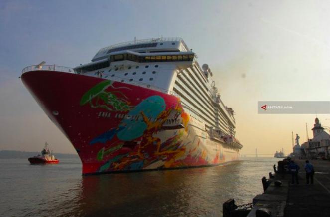 Bu Risma Menolak Tegas Kedatangan Kapal Pesiar Viking Sun Masuk Surabaya - JPNN.com