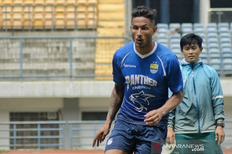 Pola Hidup Wander Luiz Makin Tertib setelah Sembuh dari COVID-19 - JPNN.com