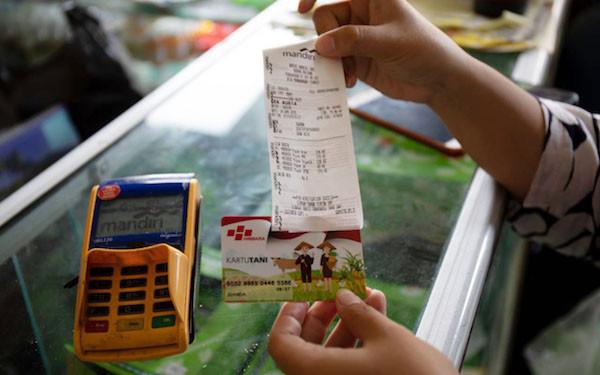 Tenang, Petani yang Belum Punya Kartu Tani Tetap Bisa Beli Pupuk Bersubsidi Selama Masa Transisi - JPNN.com