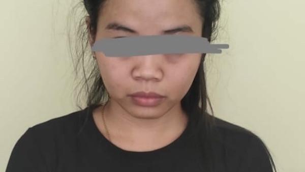 Mbak Marta Terekam Video Tengah Berbuat Terlarang di Gudang Penyimpanan Barang - JPNN.com