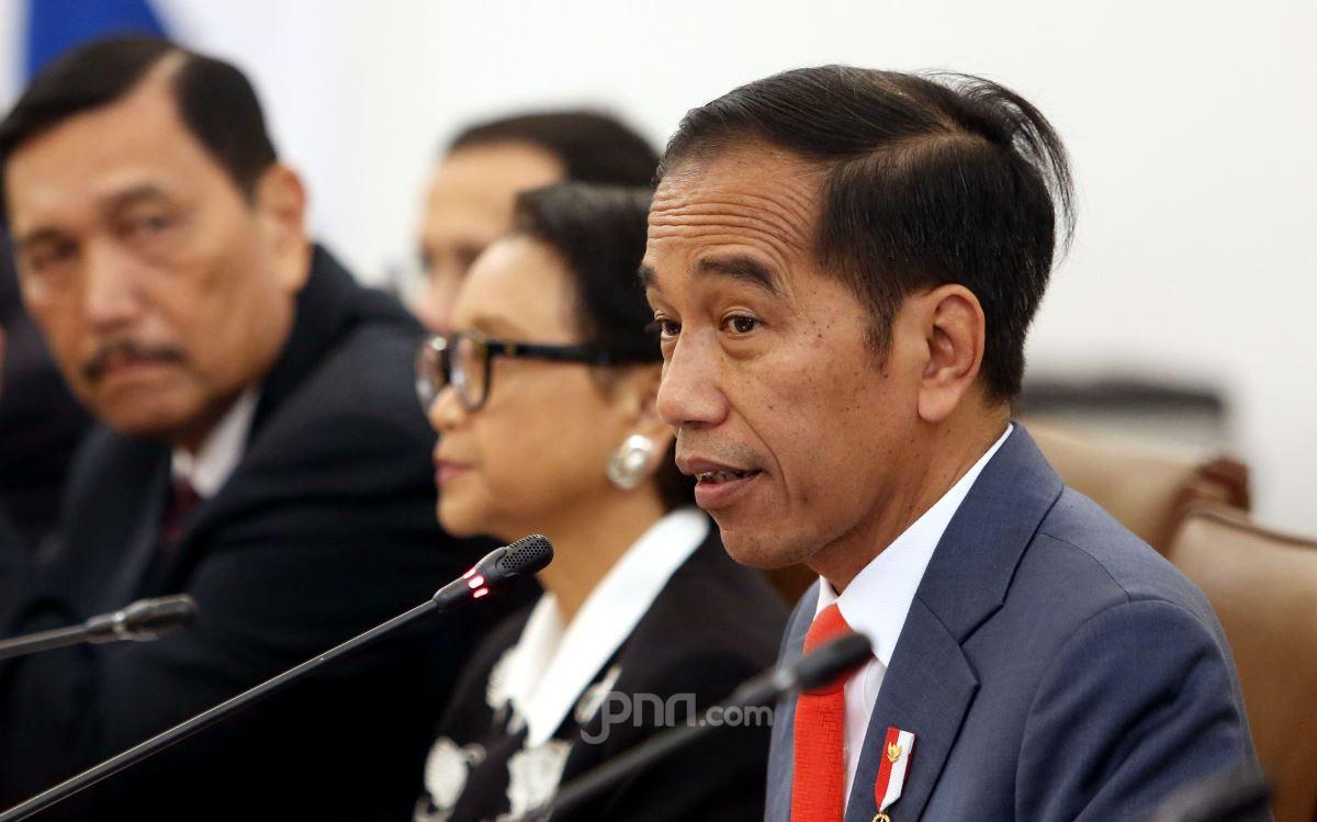 Legislator Gerindra Curiga Ada yang Ingin Menjerumuskan Jokowi - JPNN.com