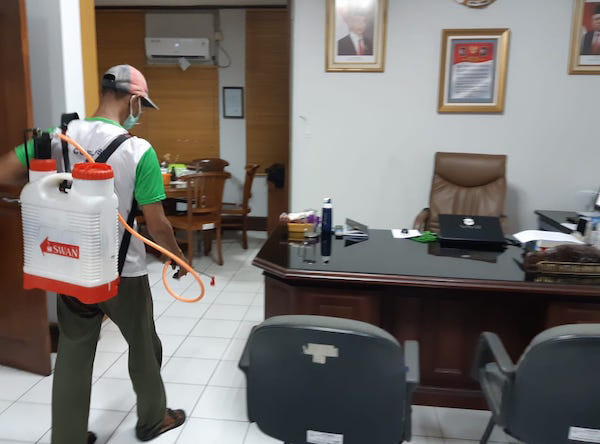 Cegah Corona, BLI KLHK Produksi Disinfektan dari Cuka Kayu dan Bambu - JPNN.com
