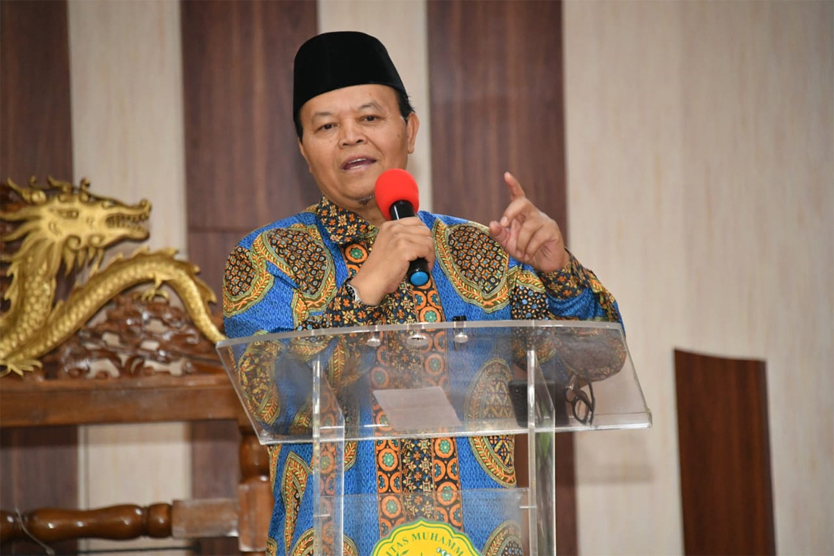 Surati Menlu, HNW Minta Pemerintah Lindungi WNI Terimbas Lockdown di Malaysia - JPNN.com