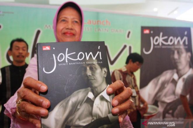 Ibunda Jokowi Dimakamkan di Karanganyar Siang Ini, Warga Diminta tak ke Pemakaman - JPNN.com