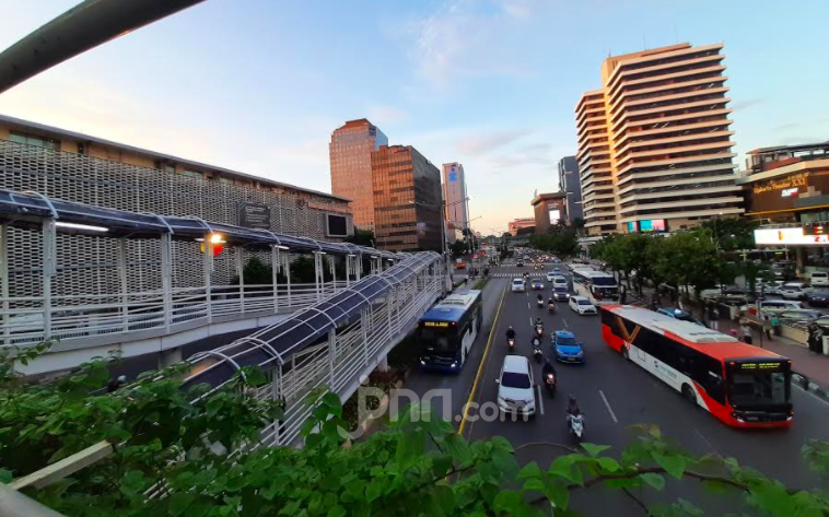 Bang Masinton Usulkan Anies Baswedan dan Jokowi Lockdown Jakarta, Setuju? - JPNN.com