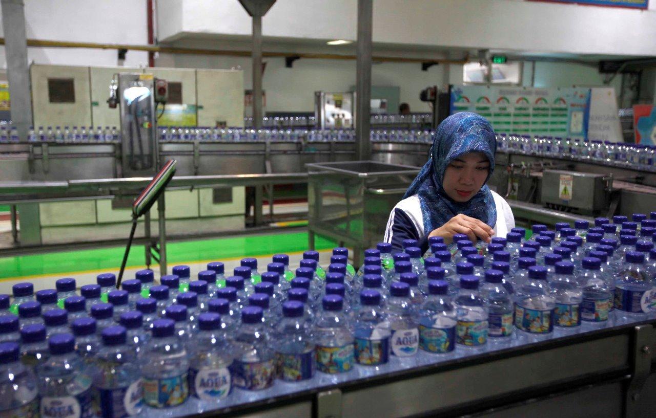 Virus Corona, Ketersediaan Air Kemasan dan Susu Anak Harus Dijaga - JPNN.com