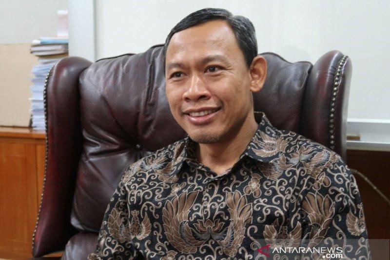 Positif Terjangkiti Covid-19, Komisioner KPU Pramono Ubaid Beri Komentar Begini - JPNN.com
