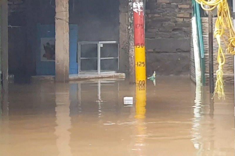 Kebon Pala Jakarta Timur Terendam Banjir - JPNN.com