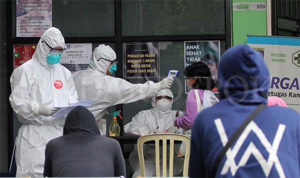 Belasan Anggota Polsek Kademangan Reaktif saat Rapid Test Corona - JPNN.com