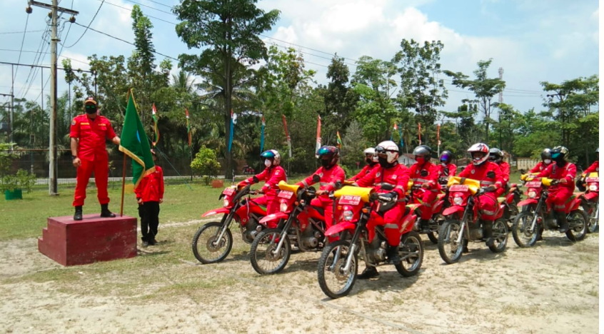 tim-patroli-karhutla-juga-edukasi-masyarakat-soal-pencegahan-penyebaran-covid-19