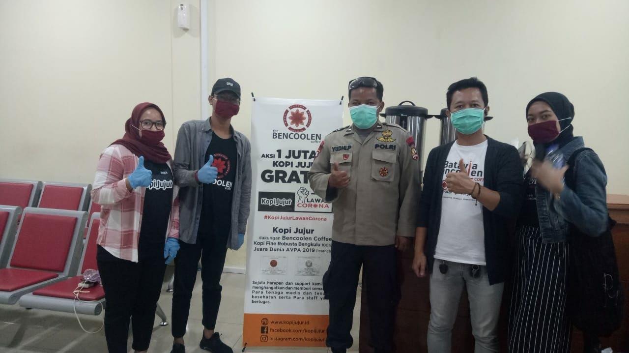 Satu Juta Cup Kopi Jujur Gratis: Aksi Peduli untuk Pejuang Garis Depan Perang Melawan Virus Corona - JPNN.com