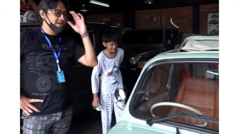 Dibelikan Fiat 500, Anak Andre Taulany Berpesan Begini - JPNN.com