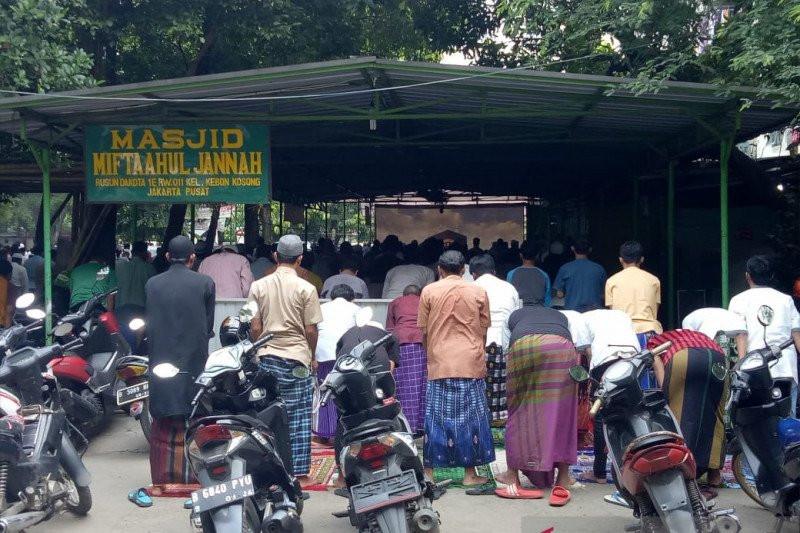 20 Persen Masjid di Jakarta Pusat Terang-terangan Abaikan Gubernur Anies Baswedan - JPNN.com