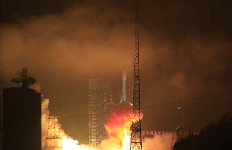 Digarap Tiongkok, Satelit Palapa N-1 Gagal Mengorbit Akibat Roket Rontok - JPNN.com