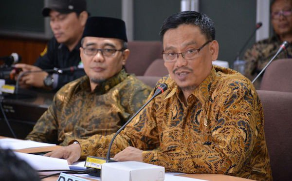 Tunjangan Guru PNS Dipotong Rp 3,3 Triliun, Abdul Fikri Meradang - JPNN.com