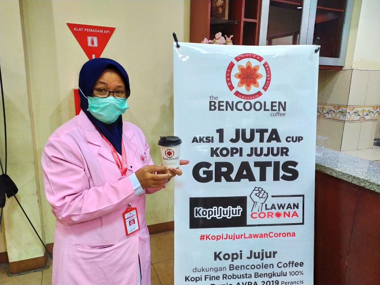 Aksi Satu Juta Cangkir Kopi Kampanyekan Donor Darah - JPNN.com