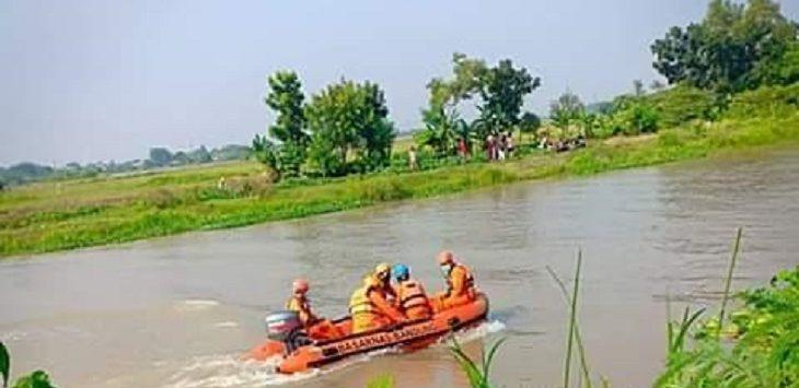 Rizki Pratama Lewati Dari Jembatan, Tubuh Segera Hilang - JPNN.com