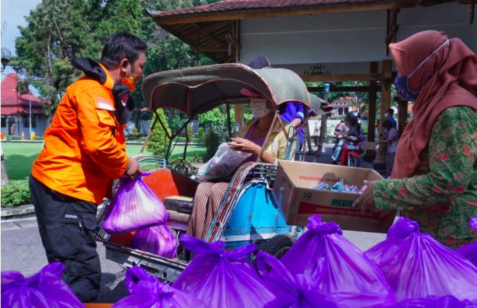 Dedi Suwardi Kembalikan Bantuan Sosial yang Diberikan Pemkot Bekasi - JPNN.com