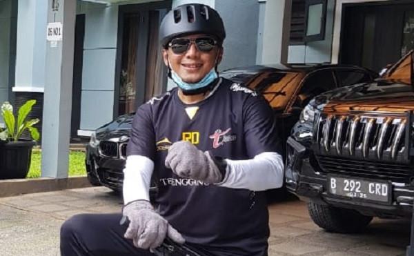 Cara Rahmad Darmawan Jaga Kondisi Tubuh Tetap Bugar di Tengah Wabah Corona - JPNN.com